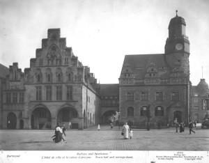Wilhelm und Auguste Victoria-Bücherei und Rathaus